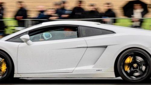 Ny klub for bilentusiaster kører på Shell V-Power